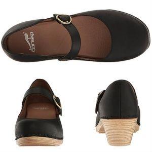 Dansko Mary Jane black clogs teak heel size 40